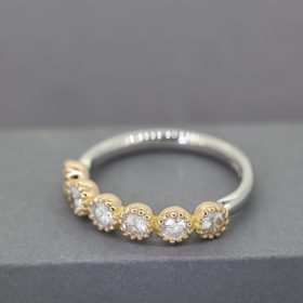 6Diamond Ring