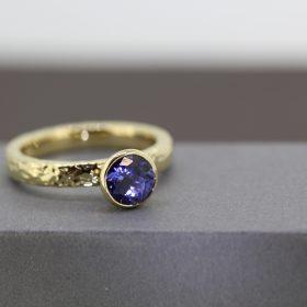 Tanzanite 18ct Gold Ring